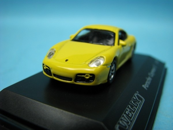 Porsche Cayman S yellow 1:87 Welly